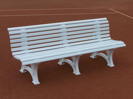 Comfortabele bank met rugleuning, kleur: wit, 200 cm.